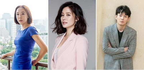강수연 8년 만에 스크린 복귀...연상호 감독 신작 `정이` 넷플릭스 제작